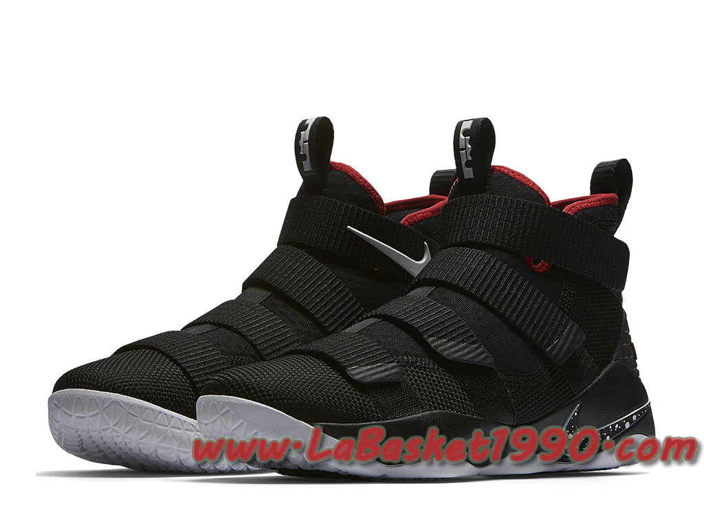 5dcacad72f3b4 ... Nike Zoom LeBron Soldier 11 897644-002 Chaussures Nike Basket Pas Cher Pour  Homme Noir ...