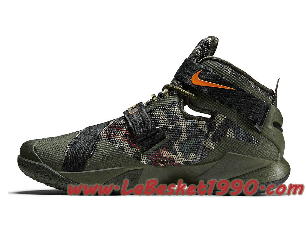 Nike Zoom LeBron Soldier 9 LE Men's Basketball Shoe | Tenis